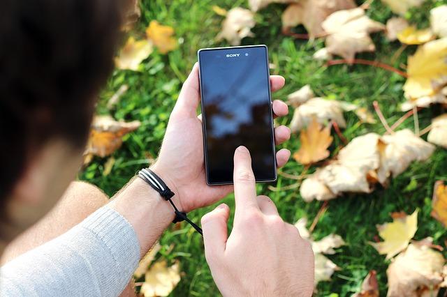 Smartfon do 600 złotych? Oferty na święta