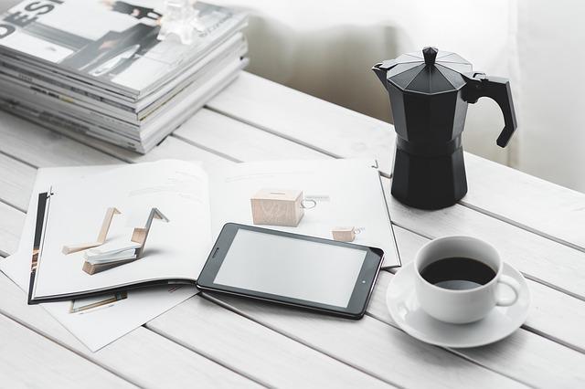 Trzy gadżety na każde biurko – dla domu i do pracy