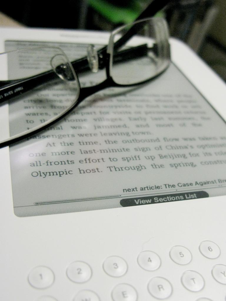 Nowy tanie Kindle 8 i jego konkurencja