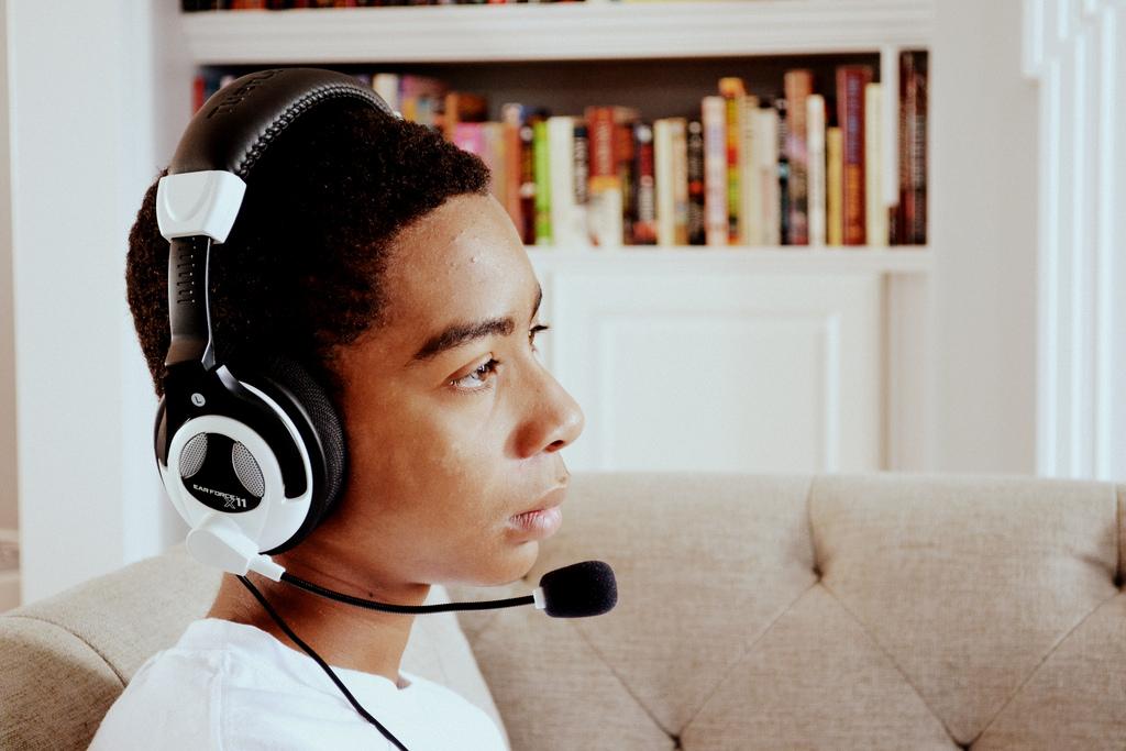 Słuchawki dla graczy. Drogie kontra tanie modele