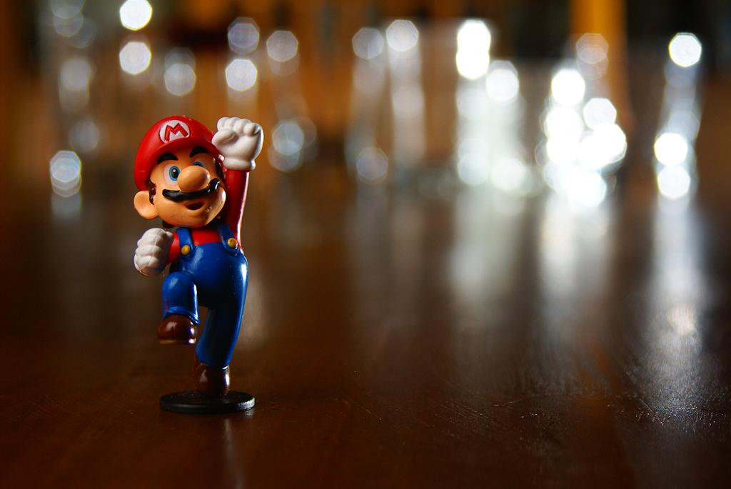 Klikamy zamiast przeciągać – Mario na androida