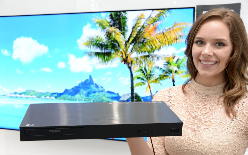 odtwarzacz i telewizor 4k