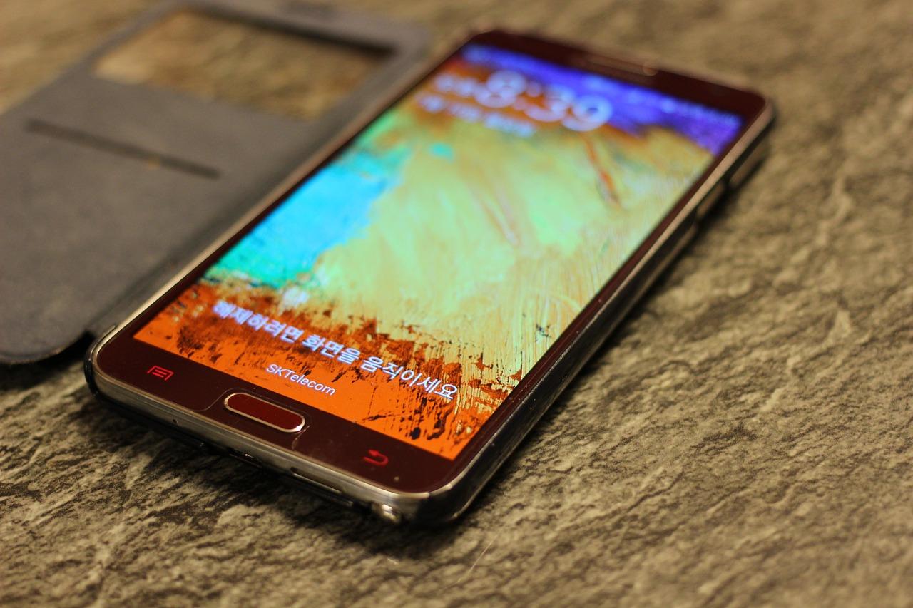 Czego oczekiwać od smartfona za 500 złotych?