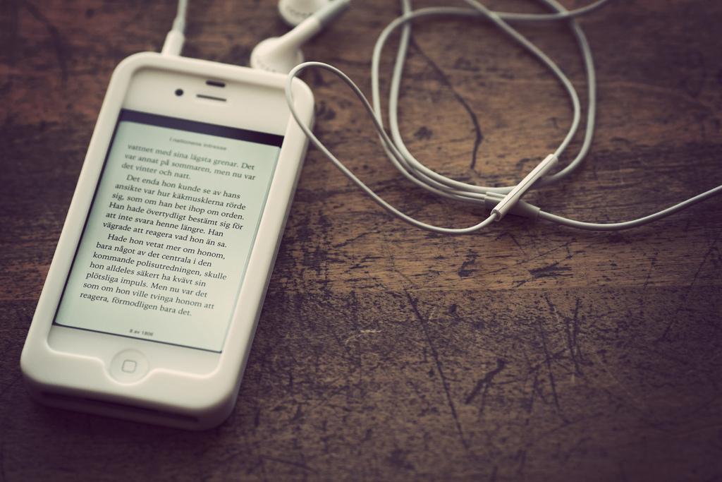Smartfon dla czytelnika e-książek – tylko duży ekran ma znaczenie?