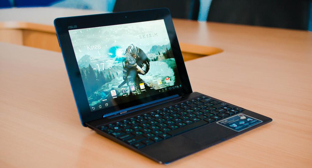 Kiedy laptopy 2w1 stracą na zainteresowaniu?